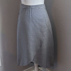 NWT CHECKED A-LINE SKIRT
